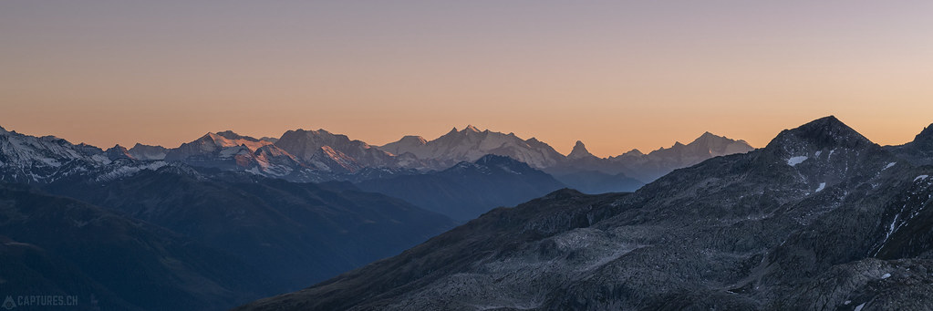 Mountain range in the last light - Grätlisee