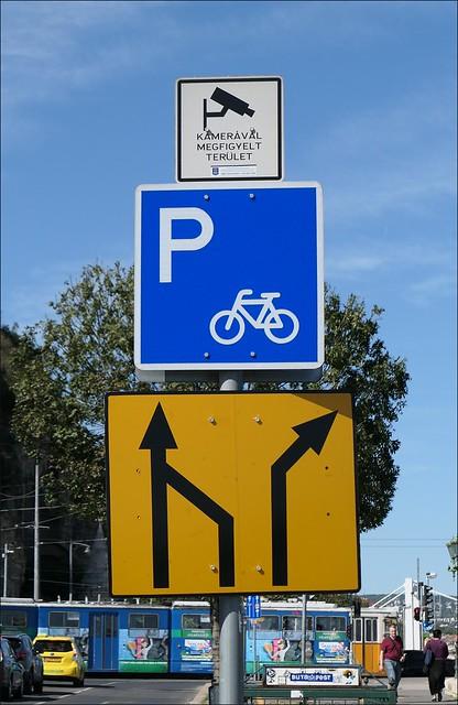 Road Sign.... jpg