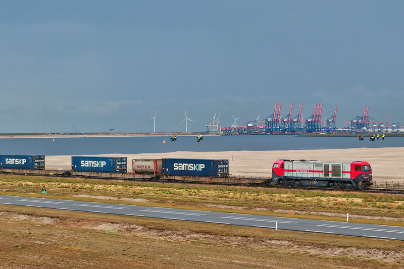 IRP 2102 - Rotterdam Maasvlakte 12-8