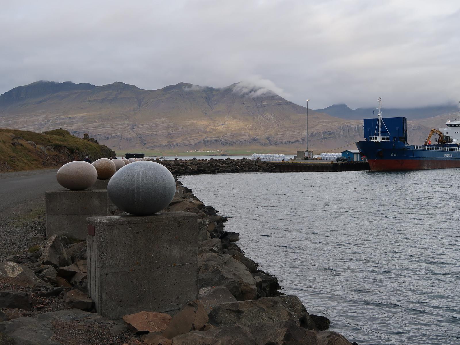 3D_Bakkagerdi-Hofn_Sigurður Guðmundsson / Eggin í Gleðivík
