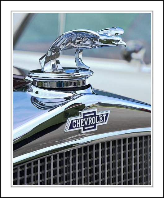 1932 Chevrolet Radiator Badge and Hood Ornament