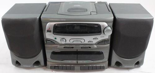 koss-cassettecd-boombox-1_23122016318493311884 - Copy