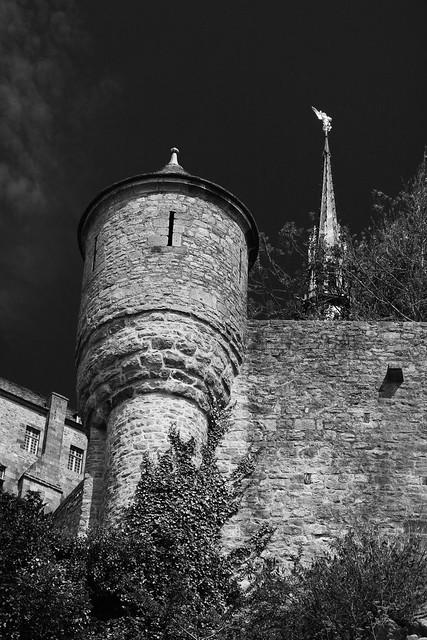 Veille, Mont-Saint-Michel