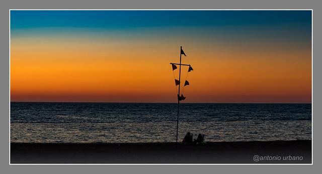 Los últimos de la playa // The last people of the beach
