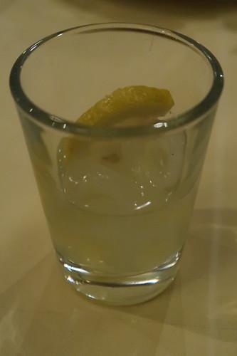 Lemoncello (auf Kosten des Hauses)