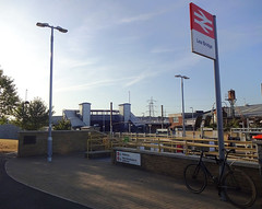 Picture of Lea Bridge Station