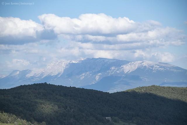 Lumihuippuisia vuoria matkalla San Sebastiánista Andorraan
