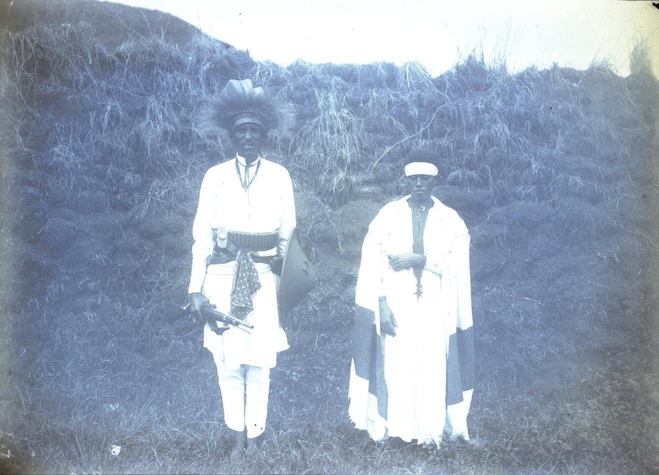 362. 1899. Абиссиния, Аддис-Абеба. Брат и сестра Габра Иеса