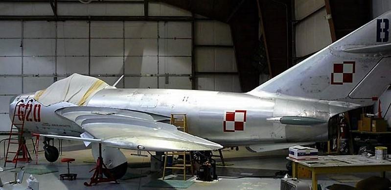 MiG-17 1