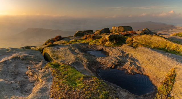 Sunrise at Higger Tor