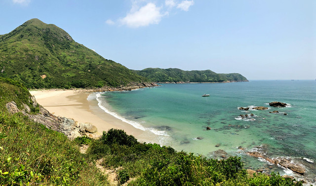 Tung Wan (East Bay) beach