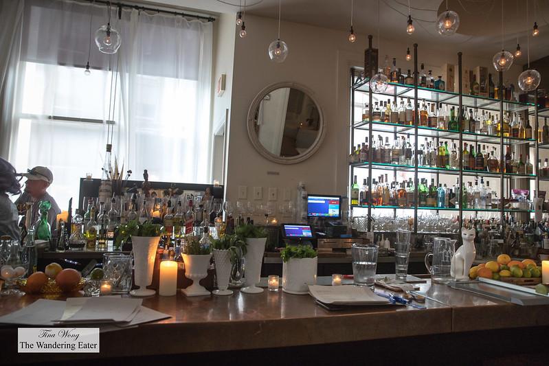 Loa bar