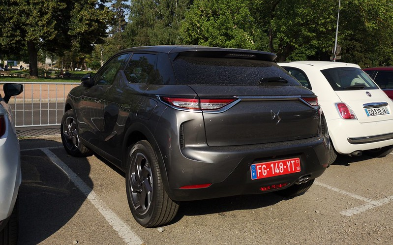 DS 3 Crossback Temporary plate