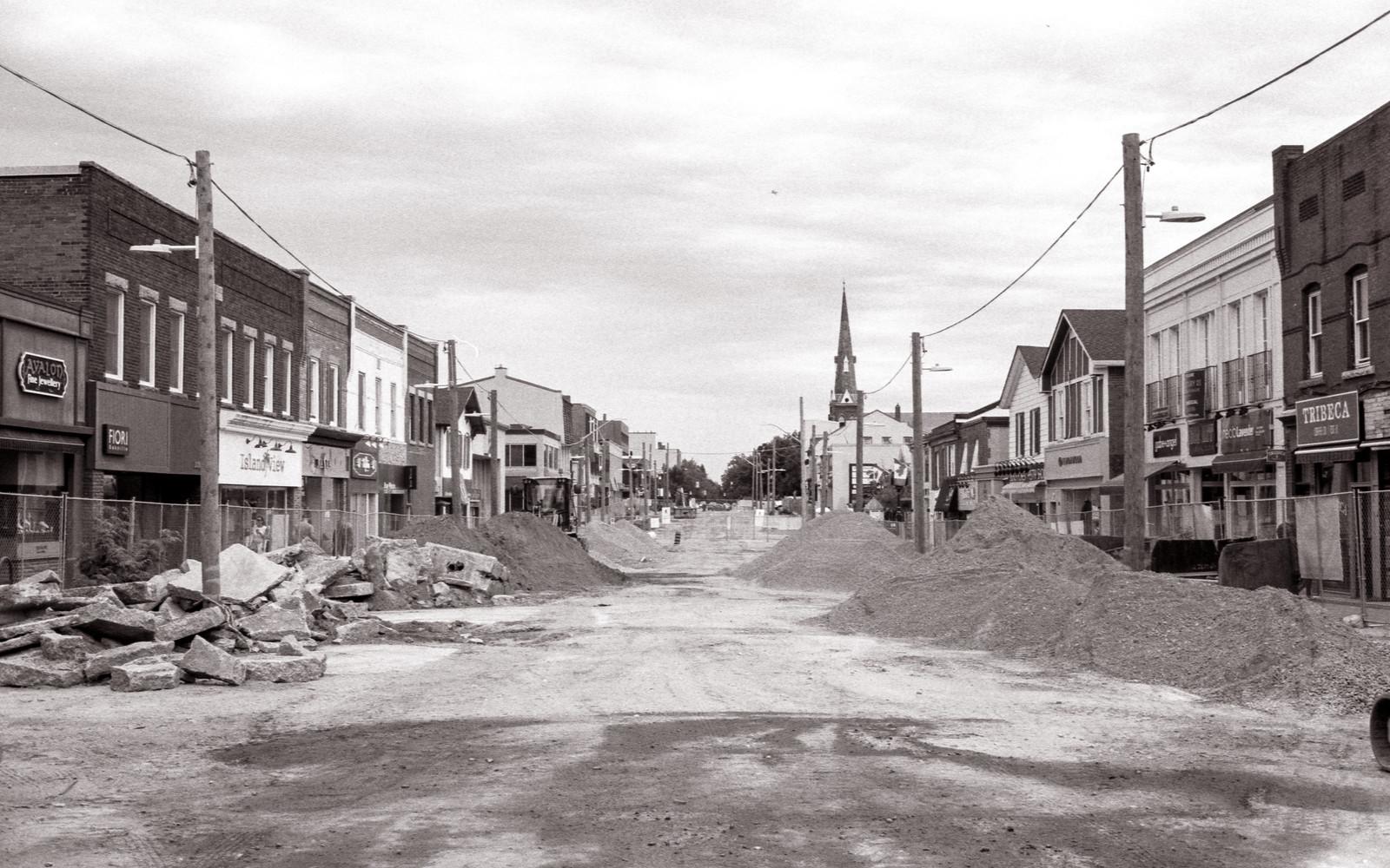 Lakeshore Road De Constructed_