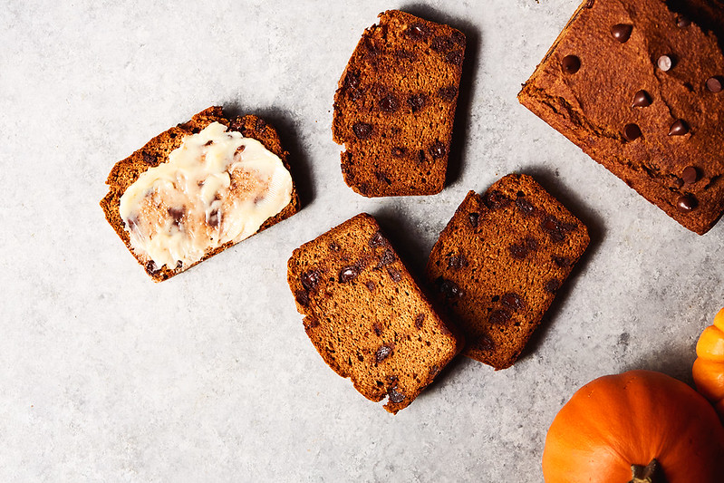 Low Carb Pumpkin Bread with Dark Chocolate Chips {Grain-free, Sweetener-free, Dairy-free}