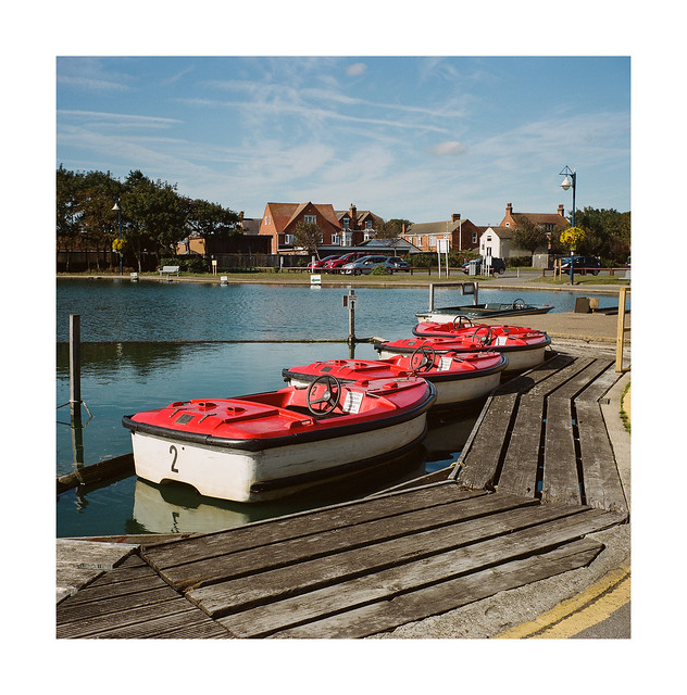 FILM - Little red boats