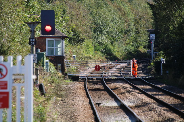 Llanfairpwll, North Wales 20190920 level crossing gates operated manually