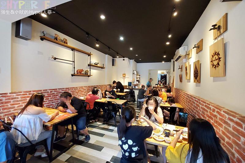 最新推播訊息:南屯人氣平價泰國餐廳,二人合菜含四菜一湯份量足加上飲料很划算捏!平日中午還有200以下商業套餐~