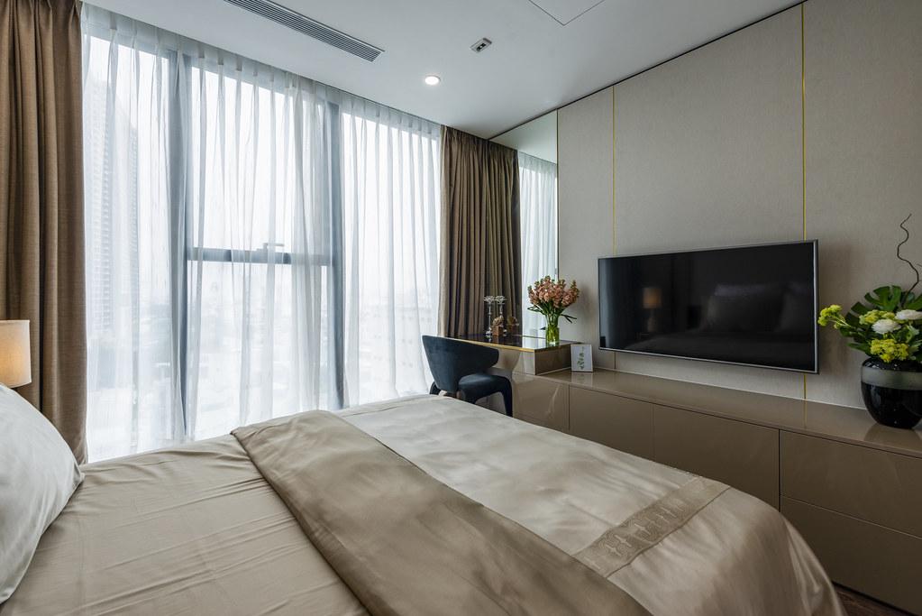 Tham quan căn hộ nhà mẫu 2 phòng ngủ Sunshine City Saigon Quận 7 18