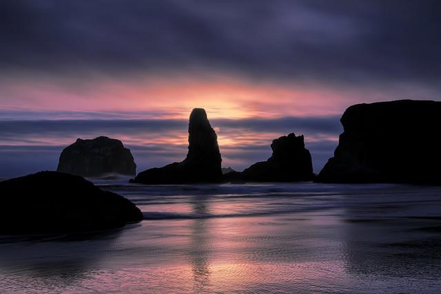 Sunset over sea stacks on Bandon Beach, Oregon