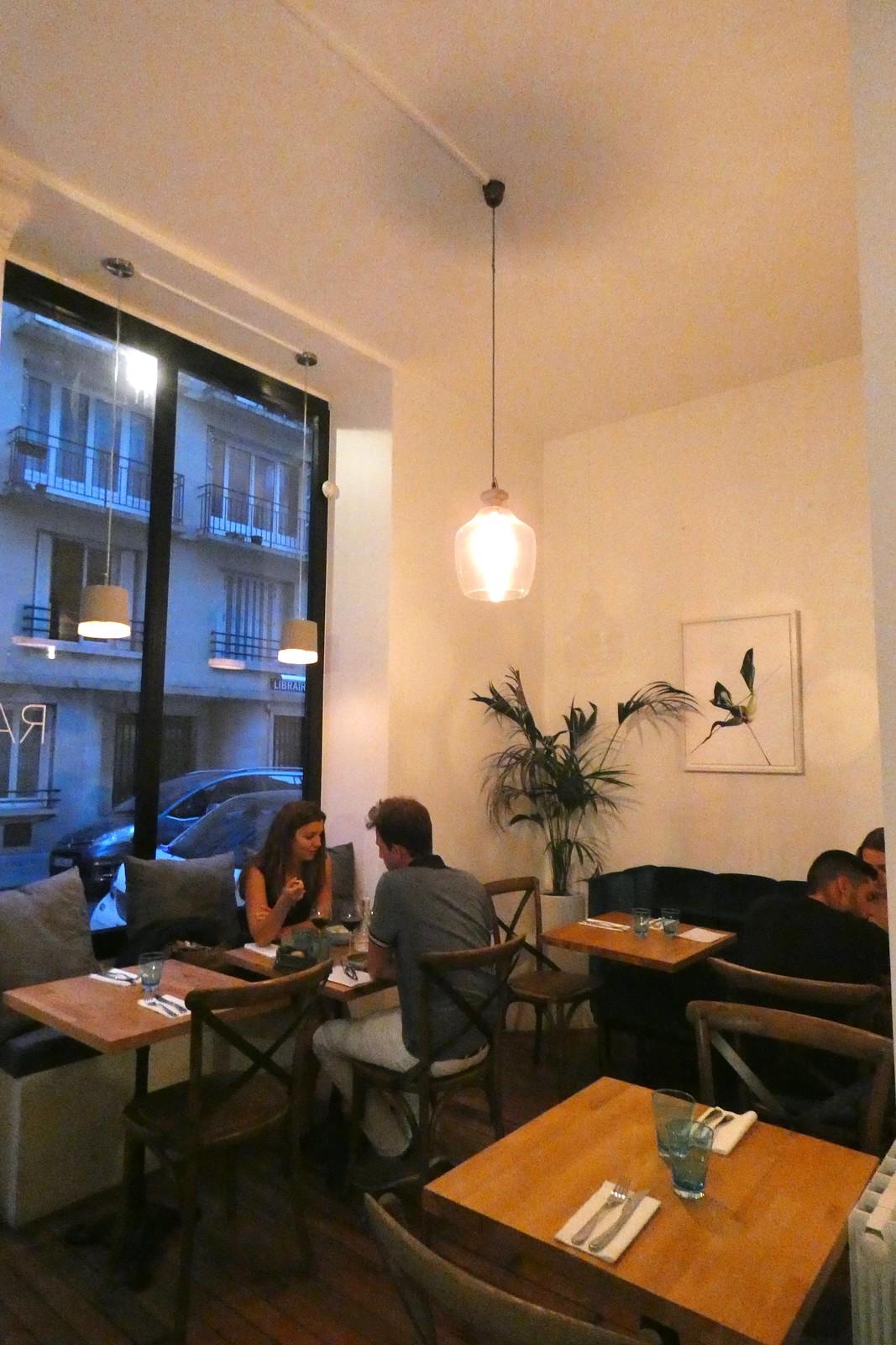 Restaurant Raw St. Germain, Paris - La Fourchette