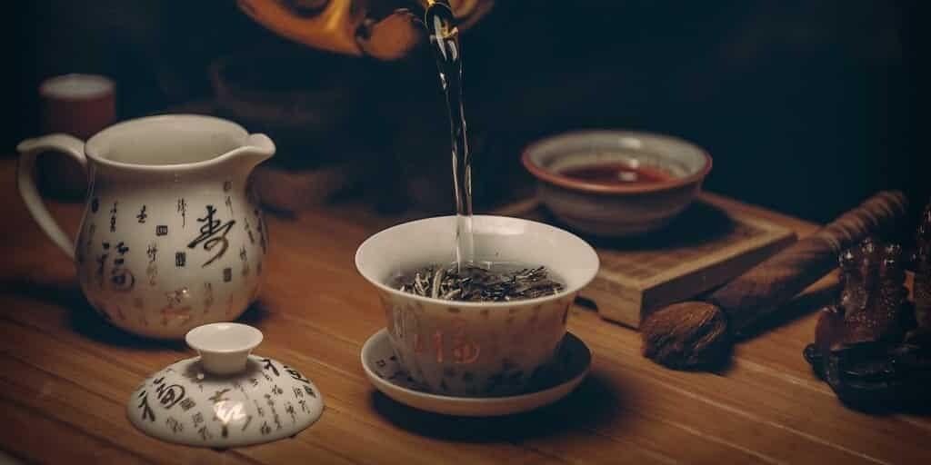 Le thé vert contre la résistance aux antibiotiques