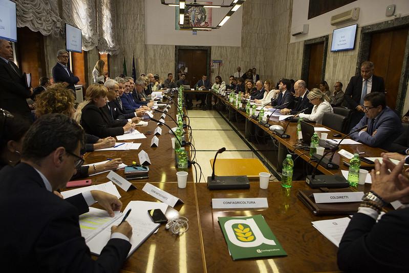 Riunione al Ministero del lavoro su salute e sicurezza nei luoghi di lavoro