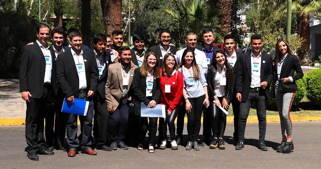 2019-09-23 PRENSA: Sergio Uñac dialogó con integrantes  del Proyecto Jóvenes Construyendo Democracia