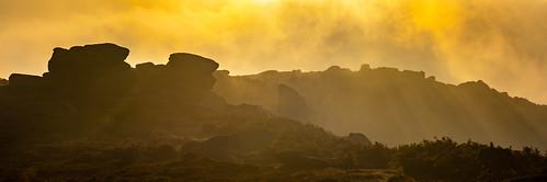 peakdistrict shelterstone higgertor clearingmist morning dawn sunrise derbyshire september
