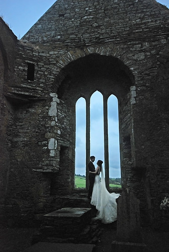 A wedding photographer sets the scene at the Timoleague Friary Ruins in Ireland - the bride must have been freezing!