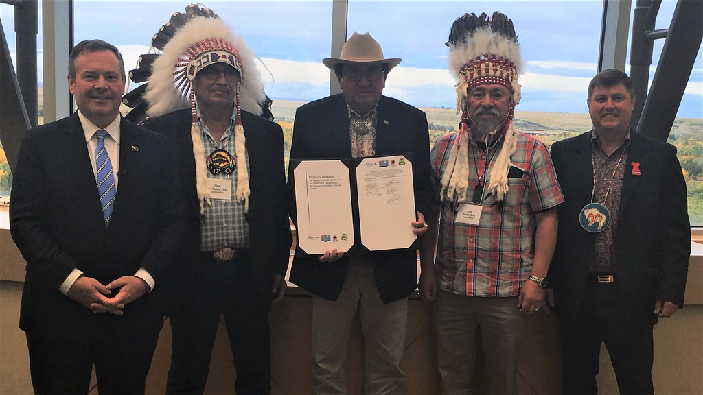 Alberta and Blackfoot Confederacy renew agreement