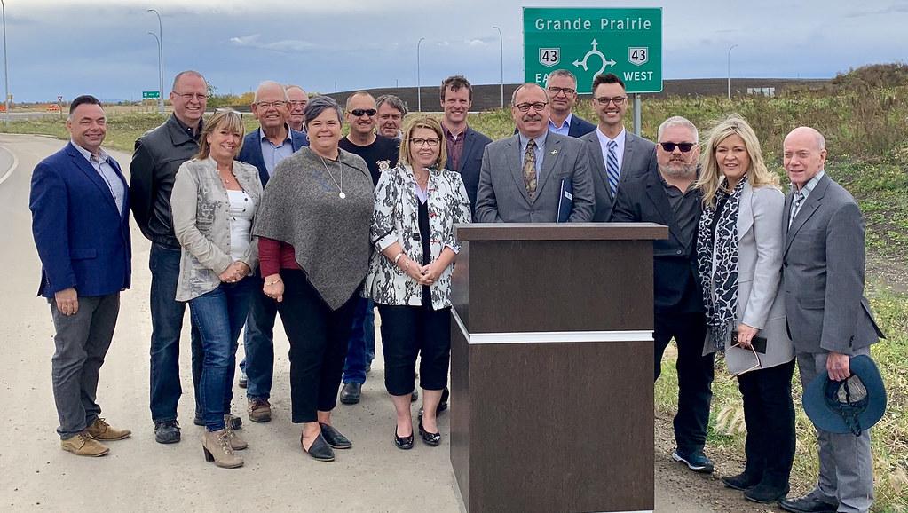 Highway 43 Grande Prairie bypass opens