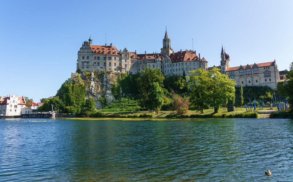 Hohenzollernschloss Sigmaringen - a photo on Flickriver