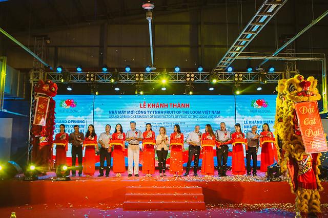 Lễ khánh thành nhà máy Fruit of the Loom Viet Nam