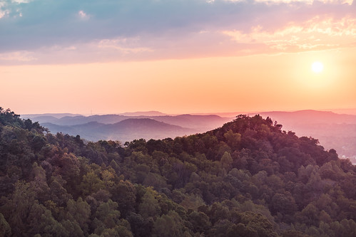 appalachia berea cumberlandplateau indianfortmountain kentucky goldenhour knobs lookout sunset dusk