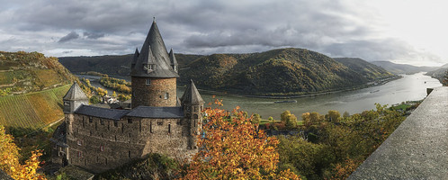 burg stahleck panorama pano autumn fall rhein river landscape castle parchmankid jerry burchfield bacharach germany sony a6000 burgstahleck specialtouch bingen ilce6500 ambiance ambience mood ambient ambiant moody atmosphere