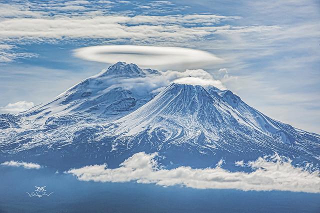 Mt Shasta's Lenticular Halo.  -4709-09-19-