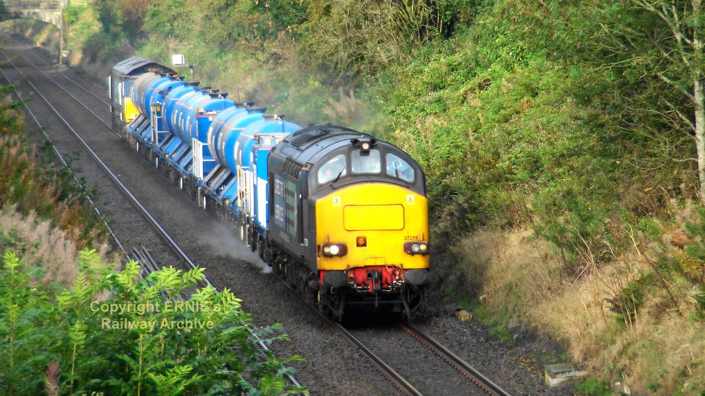 2019-09-24 Haltwhistle 37259 + 66302 RHTT to Low Fell from video