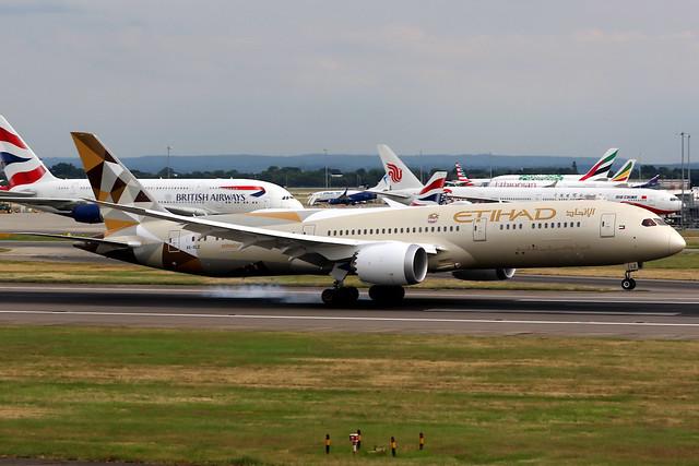Etihad Airways | Boeing 787-9 | A6-BLZ | London Heathrow