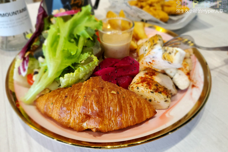 48786697282 2af2265024 c - 近天津商圈的小清新風早午餐,花鹿迷採低油低鹽烹調方式好健康、份量種類也有飽足感!