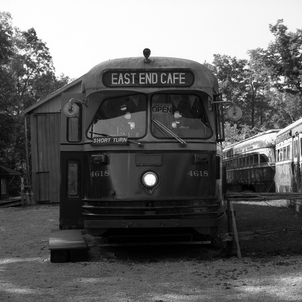 East End Cafe (TTC 4618)