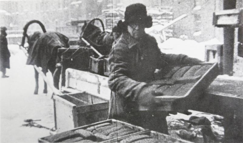 Доставка хлеба в блокадном Ленинграде