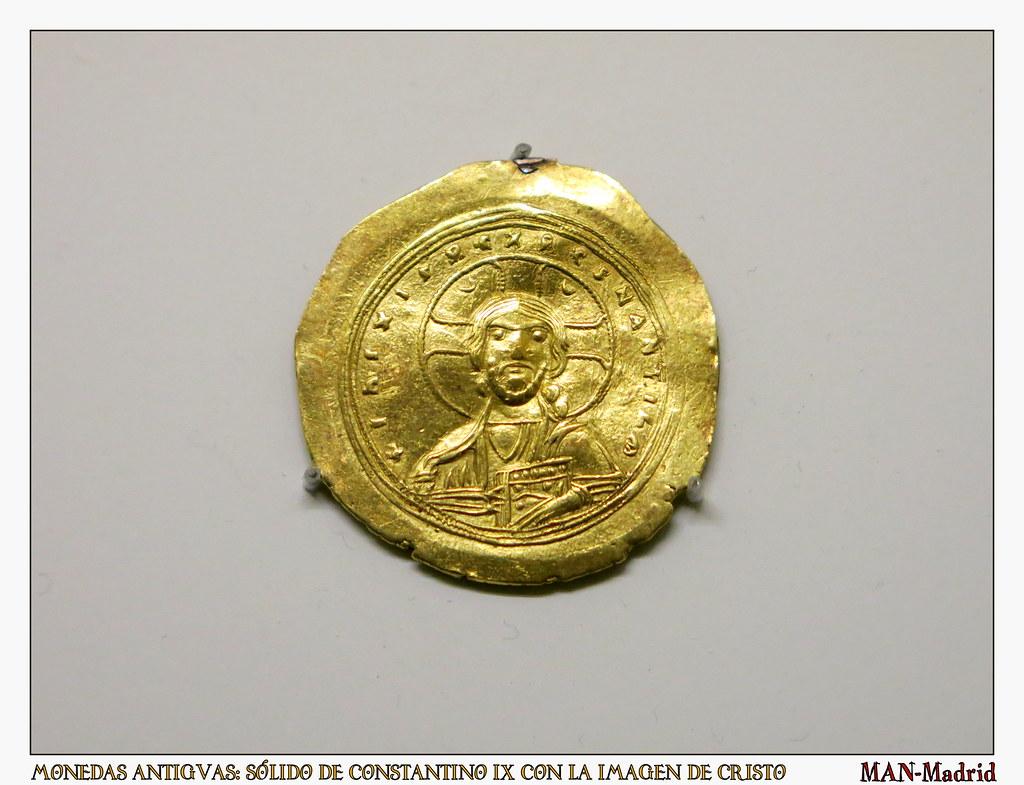 monedas antiguas: Sólido de Constantino IX con la imagen de Cristo