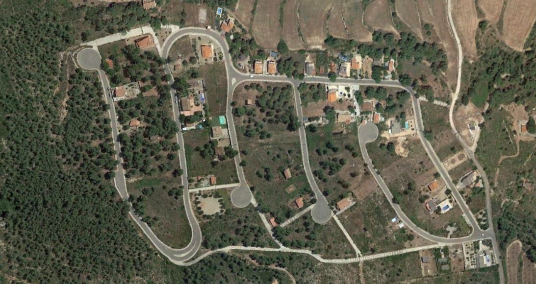 castell tallat, tarragona, mazinger TAMPOCO está aquí pero sí cerca, después, urbanismo, planeamiento, urbano, desastre, urbanístico, construcción, rotondas, carretera