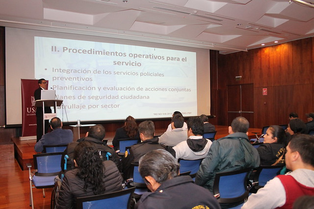 Universidad de San Martín de Porres desarrolló Charla Taller sobre Seguridad Ciudadana dirigido a los serenos, policías y miembros de las juntas vecinales de la Municipalidad de Santa Anita