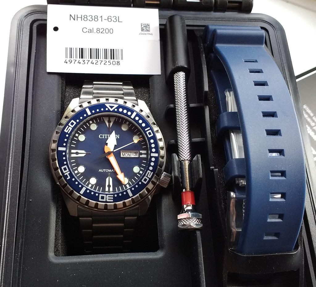 Citizen NH8381-63L Cal 8200 (2)