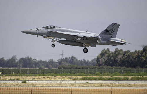 FA-18F of VFA 14 Tophatters Landing