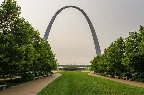st louis missouri mid west outdoor landscape gateway arch national park monument