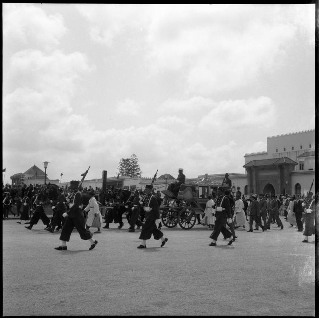 La Garde Royale Marocaine / Moroccan Royal Guard - Page 11 48790957918_5eff613fb7_o