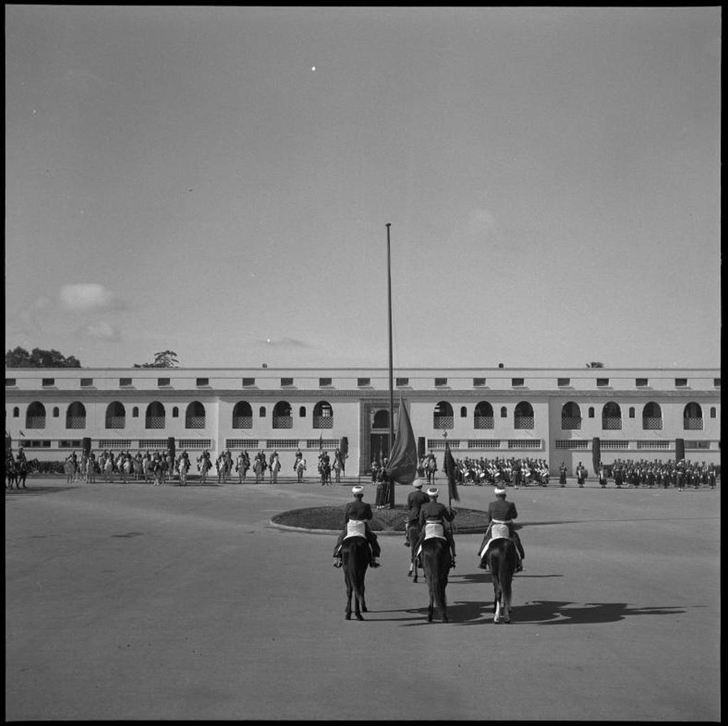 La Garde Royale Marocaine / Moroccan Royal Guard - Page 11 48790958058_89f2776d33_o